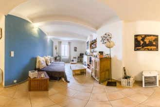 Visite Virtuelle immobilier - Achat appartement à Vendre à Hyeres - Happyssimmo Hyeres - Agence Immobilière Hyeres Happyssimmo - Agence Immobilière 83 - Appartement à Vendre Hyeres - Properties for sale in France - Apartment Finder Hyeres - Estimation immobilière Hyeres