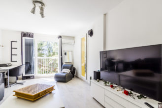 Appartement à Vendre Hyères Var 83 - Vente appartement avec terrasse Immobilier 83 - For sale in Provence French Riviera - Happyssimmo