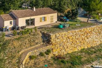 Achat Vente maison villa avec jardin à Correns 83570 - Agence Immobilière Correns - Happyssimmo Brignoles - Villa for sale in Provence - Maison à vendre dans le var 83 -